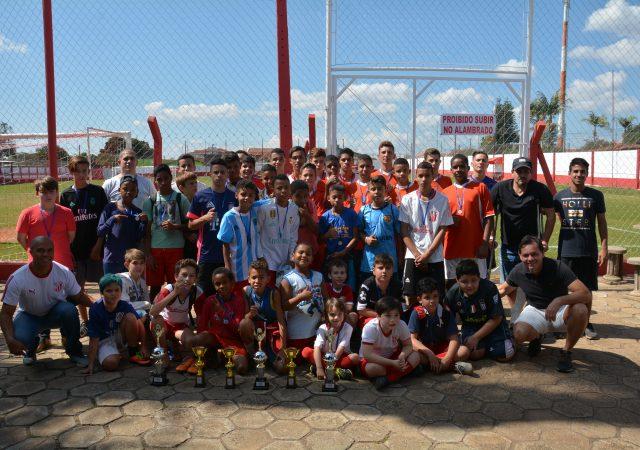 Torneio de Férias entre escolinhas do União e da Prefeitura define os campeões