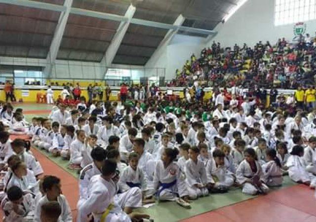 Judocas do União são campeãs em torneio na cidade de Águas de Lindoia