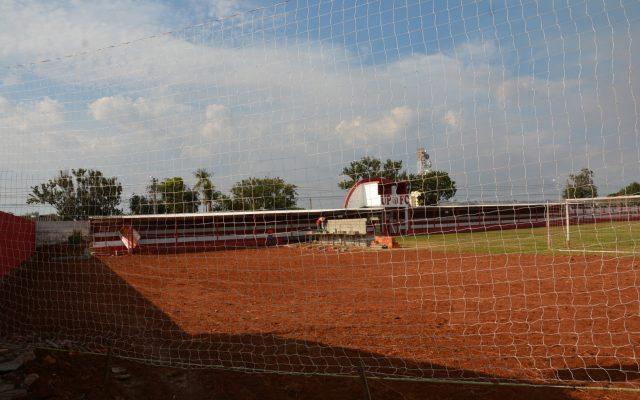 Clube inicia construção de quadra sintética e arena para esportes de praia