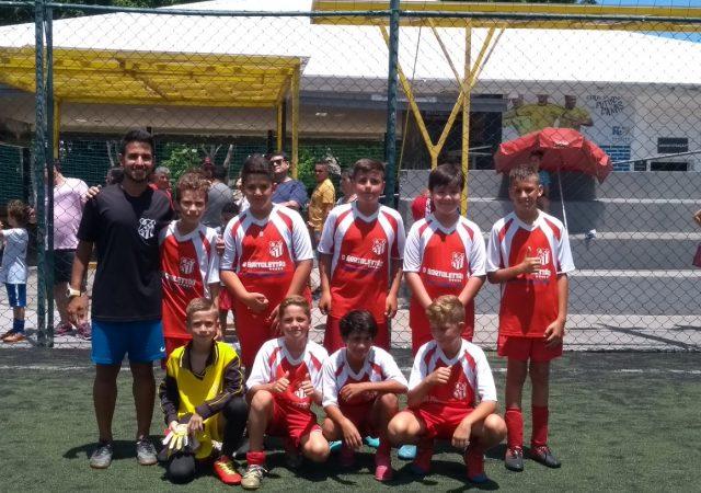 Garotada da Escolinha de Futebol participa de amistosos em Campinas